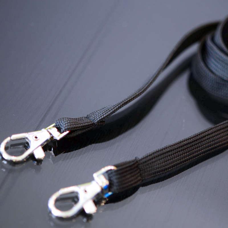 Musta Classic 10mm 2 papukaijaklipsiä