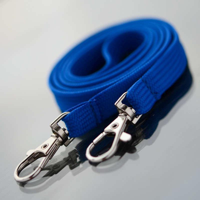 Sininen Classic 10mm 2 papukaijaklipsiä