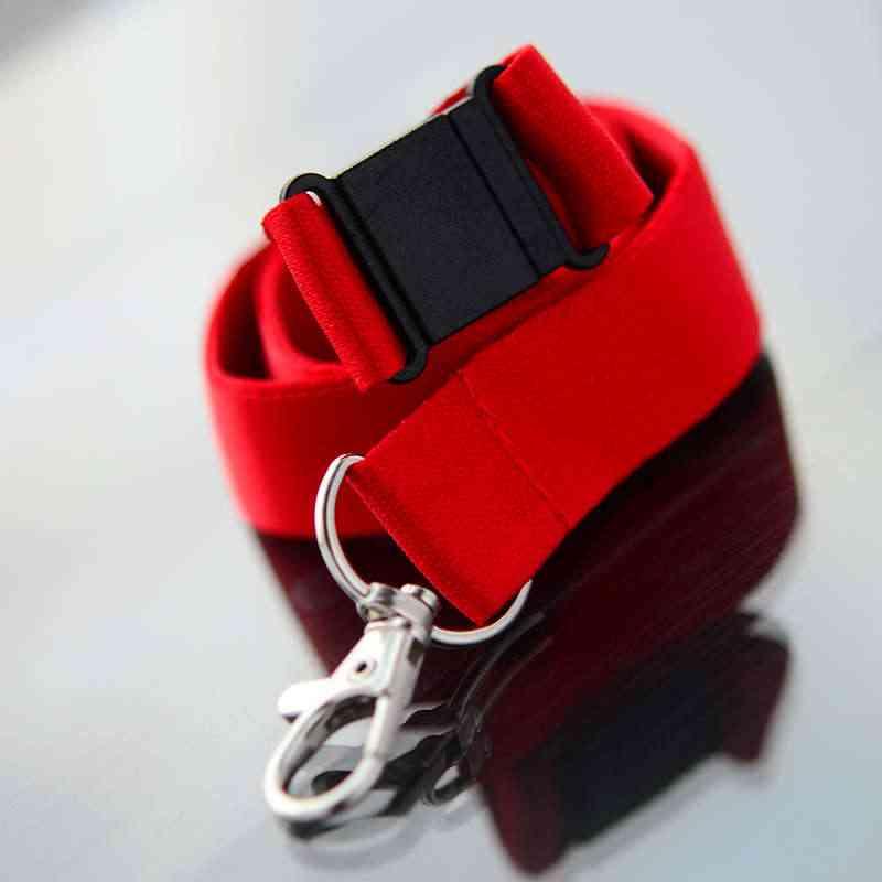 Punainen Avainnauha 20mm turvalukolla ja papukaijaklipsillä (sopii sublimaatiopainamiseen)