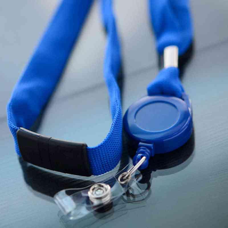 Sininen 16mm kaulanauha turvalukolla, sininen Jojo-pidike vinyylilenkillä