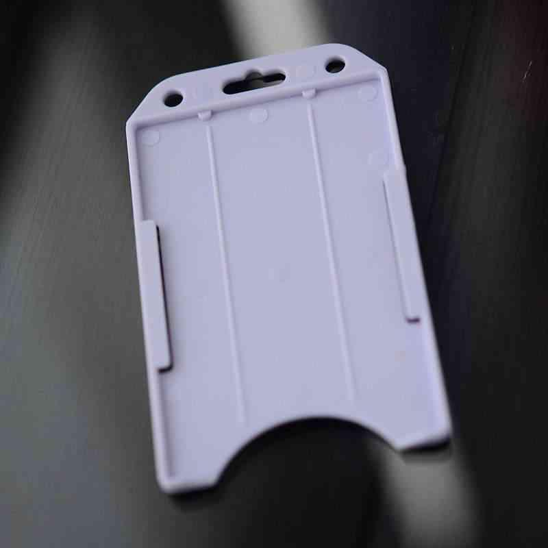 Valkoinen Perinteinen ID-kortin pidike yhdelle kortille